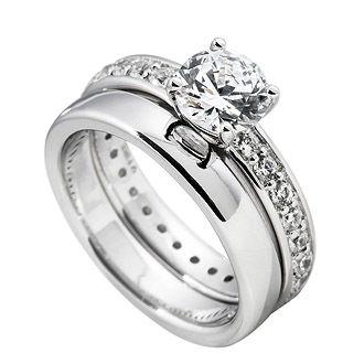 Beispiel: Verlobungsring Silber, Foto: Juwelier Binder.