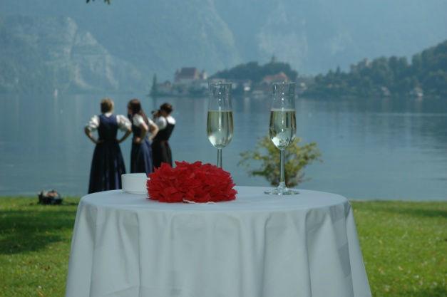 Beispiel: Sekt, Foto: Seecafe Restaurant Spitzvilla.