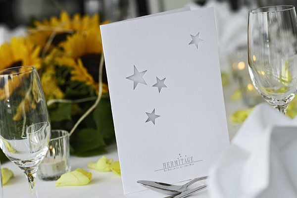 Beispiel: Wunderschöne Tischdekoration, Foto: Seehotel Hermitage.