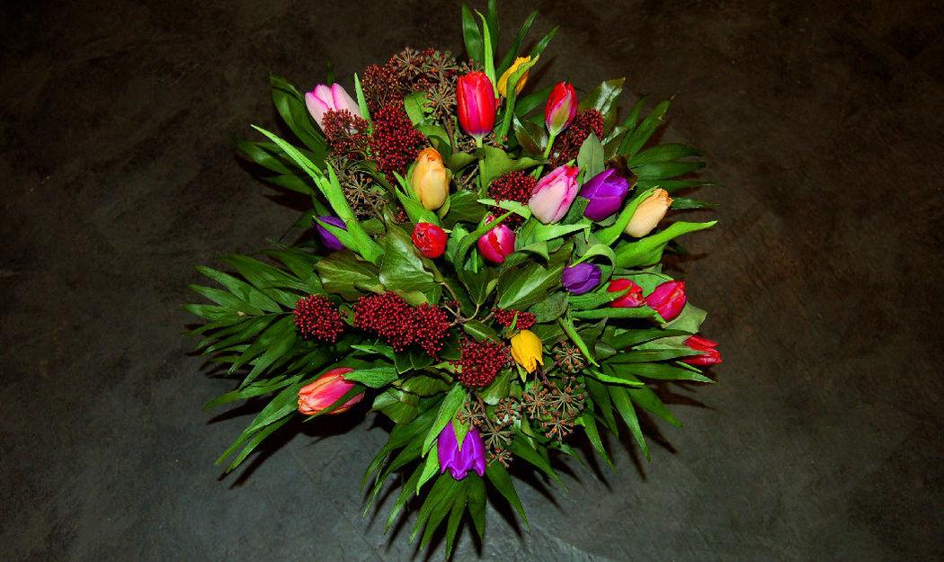 Beispiel: Klassischer Strauss, Foto: Blumen Komander.