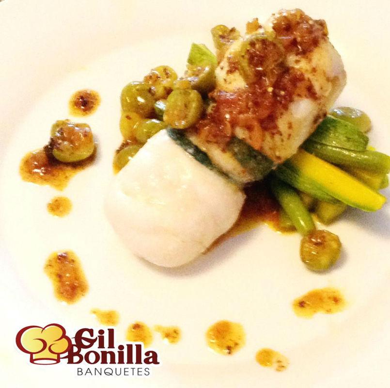 Filete de Mero y Crujiente de Calabaza, Salsa de Miltomate con Cilantro