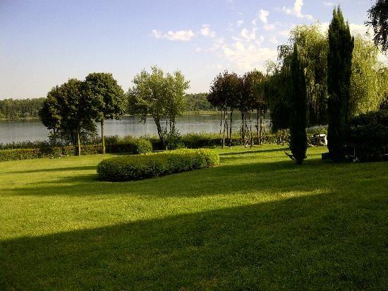 Il parco sul lago di Montorfano - Tenuta Sant' Andrea