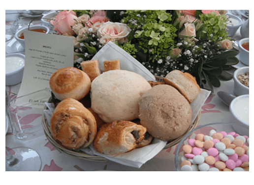 Paquetes de desayunos, canapés, comidas y cenas - Foto Banquetes Elsa Frías