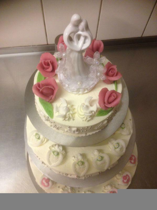 Beispiel: Hochzeitstorte, Foto: Tortenparadies München.