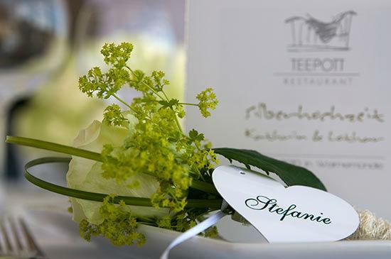 Beispiel: Liebevolle Tischdekoration, Foto: Teepott-Restaurant.