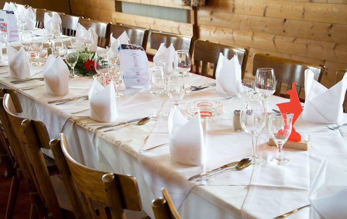 Beispiel: Restaurant - Tischdekoration, Foto: Alpenhaus.