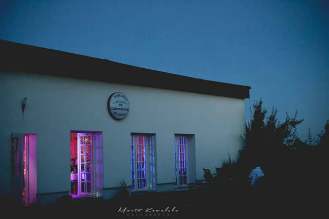 Budynek nocą