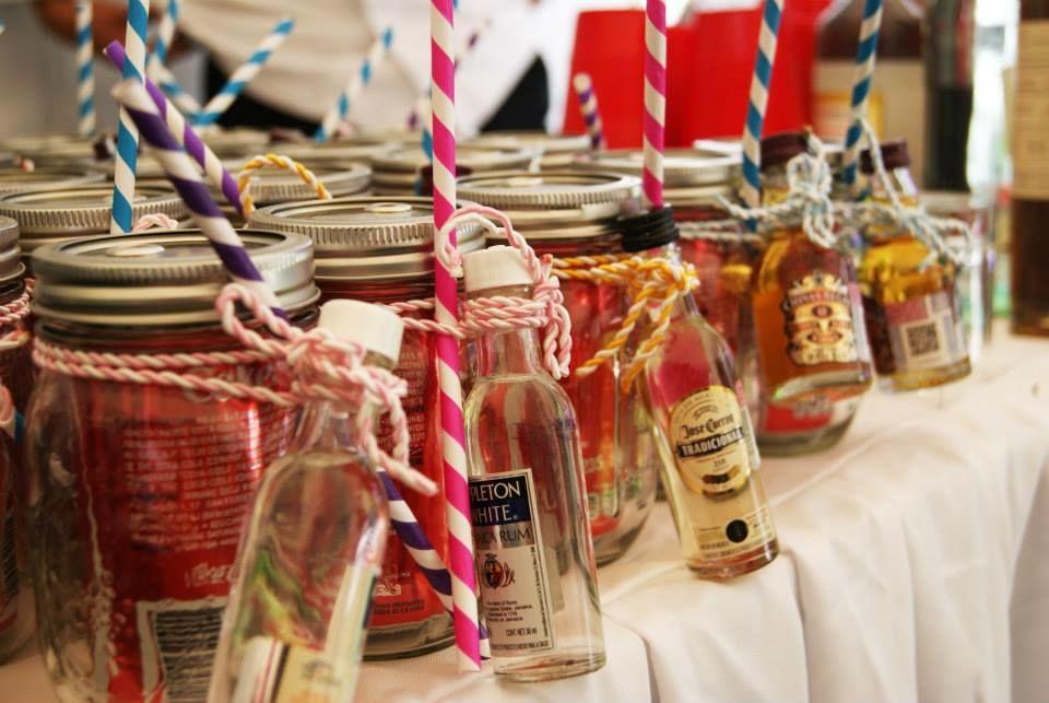 Recibe a tus invitados con un mason jar