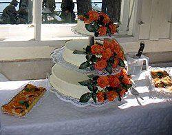Beispiel: Hochzeitstorte, Foto: Waldbadgaststätte Weixdorf.