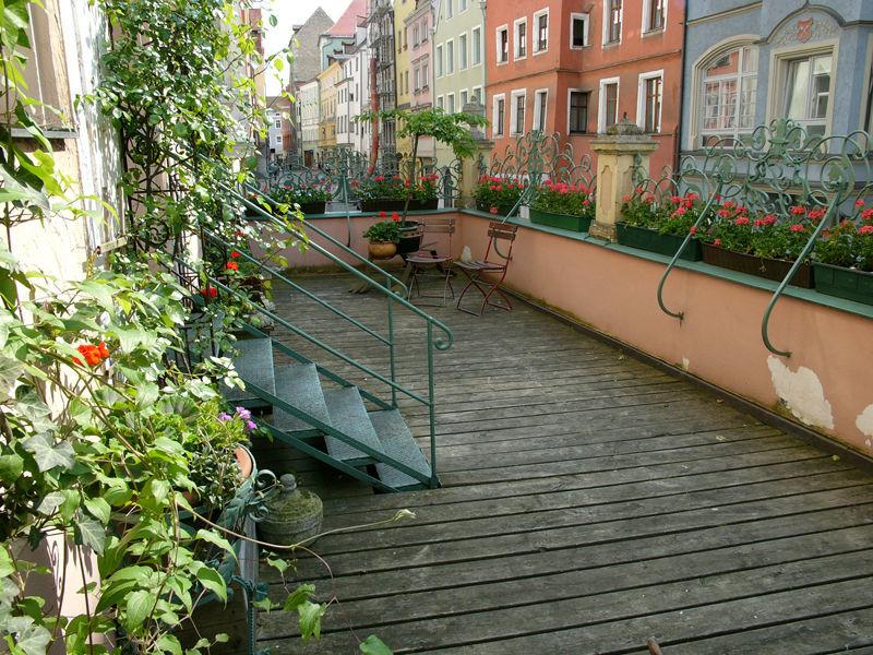 Beispiel: Innenhof, Foto: Orphée.