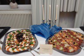 Beispiel: Tomate-Mozarella, Foto: Catering Hotel Ambassador.