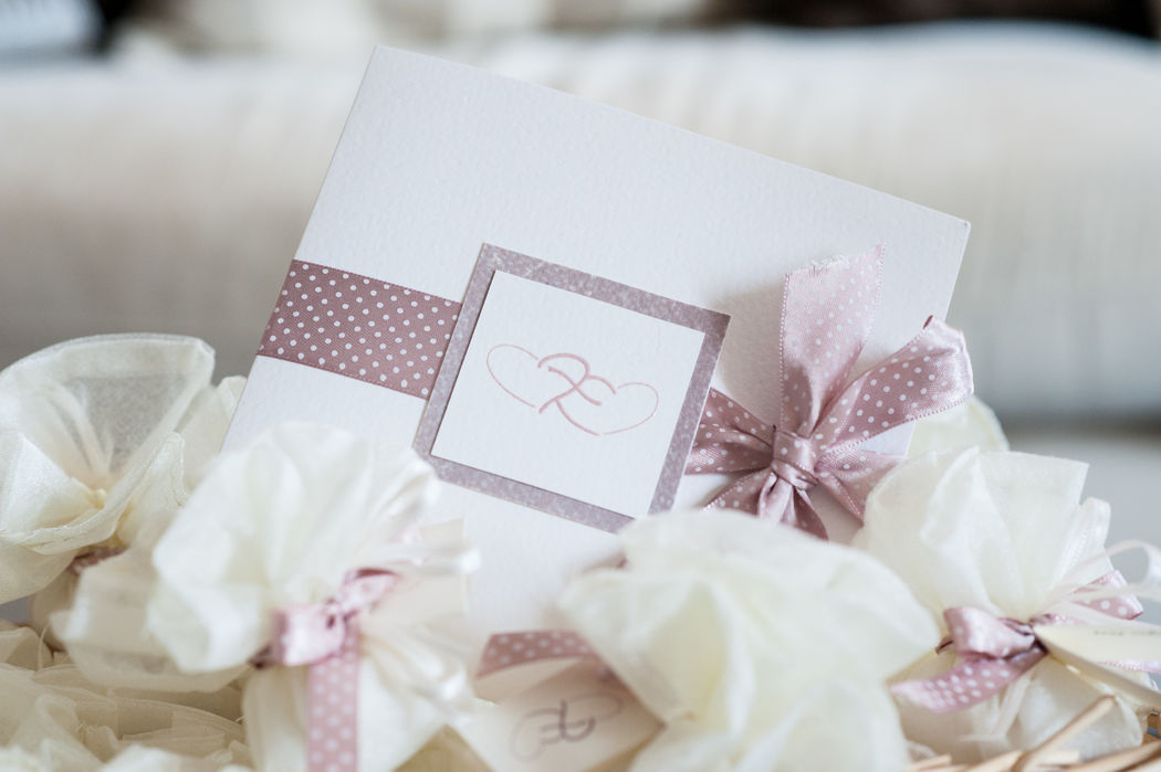 Invito partecipazione romantico pois rosa