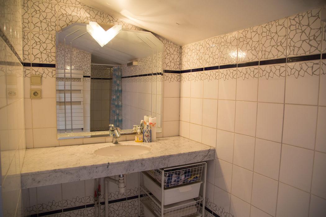 Salle de bain loge des mariés