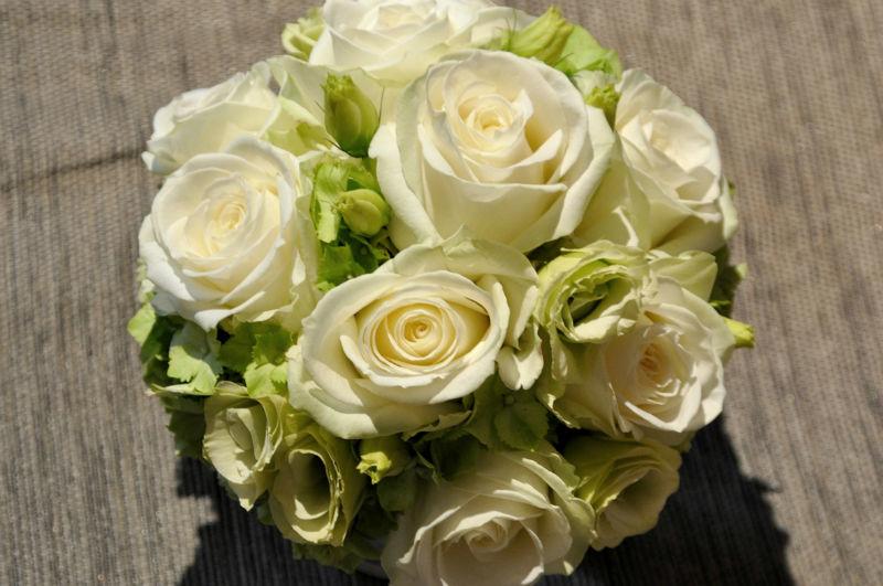 Beispiel: Wunderschöne Brautsträuße, Foto: Puls Floristik.