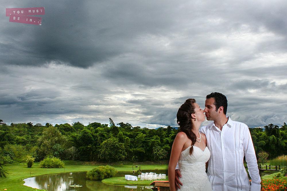 Dejanos capturar los detalles más hermosos de tu boda