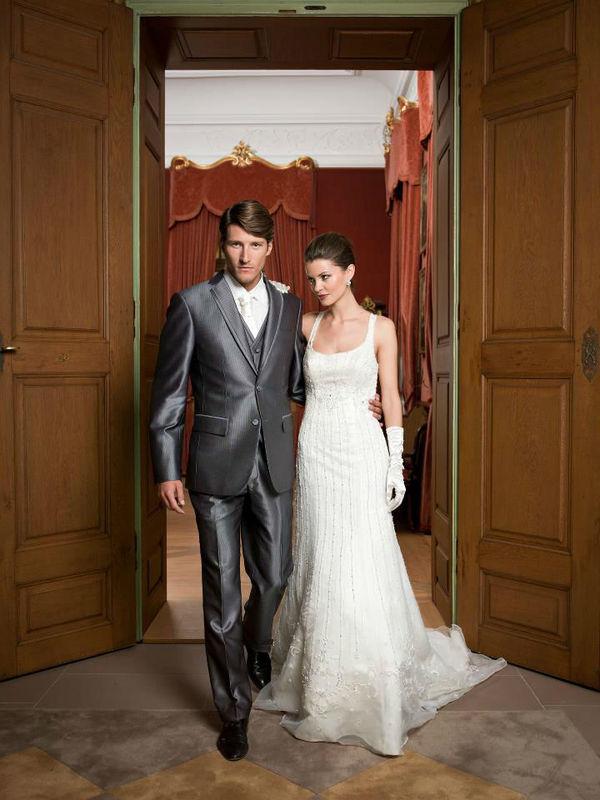 Beispiel: Hochzeitsmode, Foto: sunita sood.