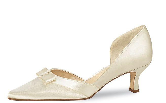 Beispiel: Brautschuhe von Elsa Coloured Shoes, Foto: Brautmode an der Prinzenstraße.