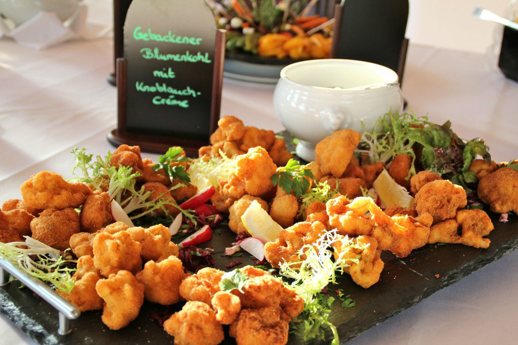 Beispiel: Große Essensvielfalt, Foto: Grunewaldturm.