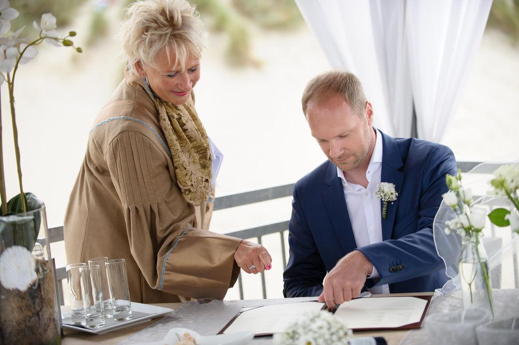 Een Duits huwelijk op het strand van Renesse bij