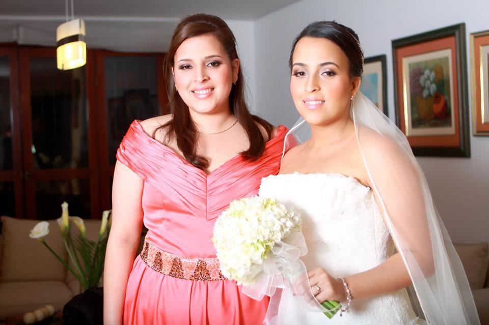 Milagros y hermana Maquillaje Tradicional - Boda Religiosa - Noche