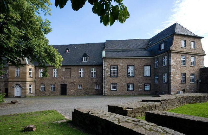 Beispiel: Außenansicht, Foto: Schloss Broich.