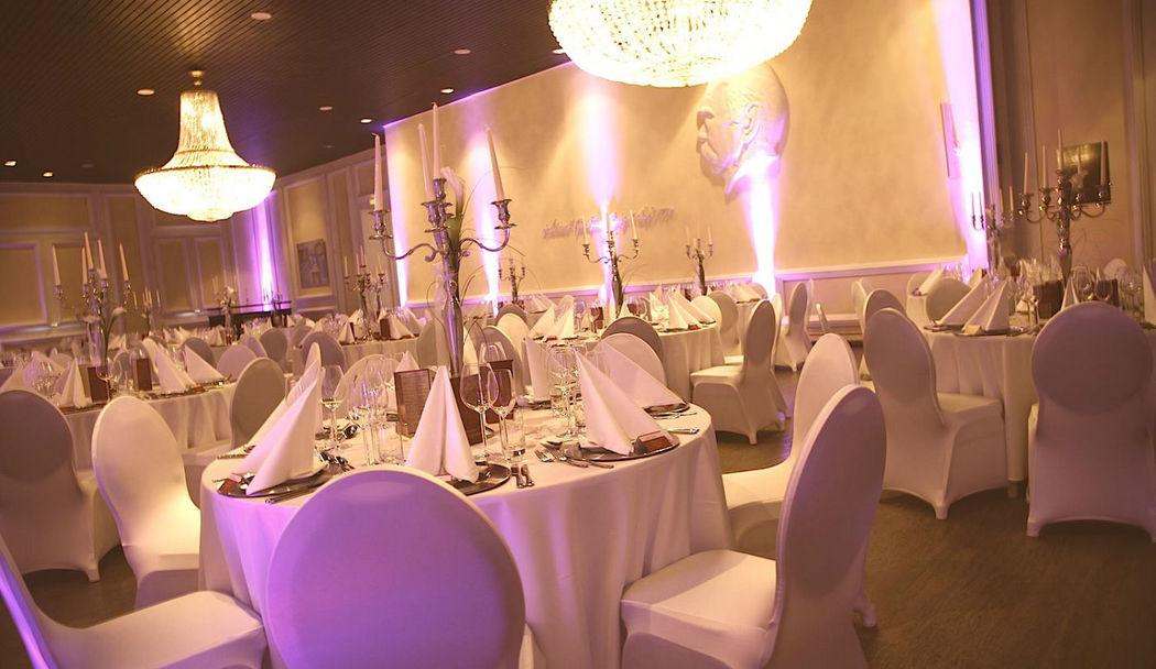Beispiel: Hochzeitsdekoration, Foto: Kupferbergterrasse.