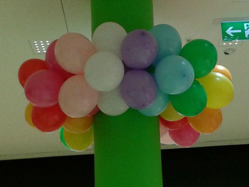 Beispiel: Ballons für ein festliches Ambiente, Foto: Paar Deco.