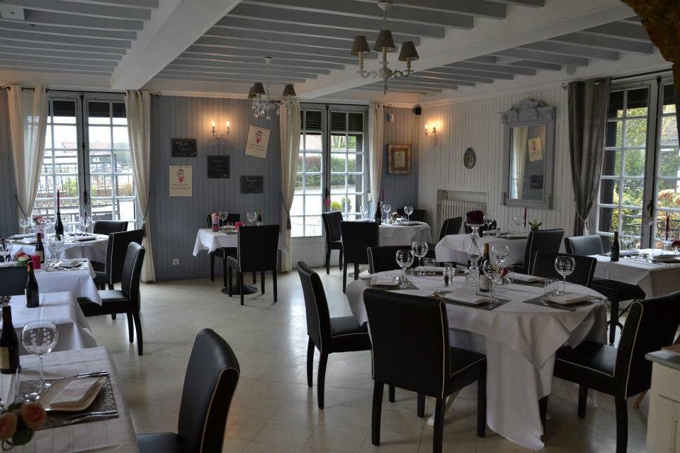 Restaurant Les Tisons - Salle de réception