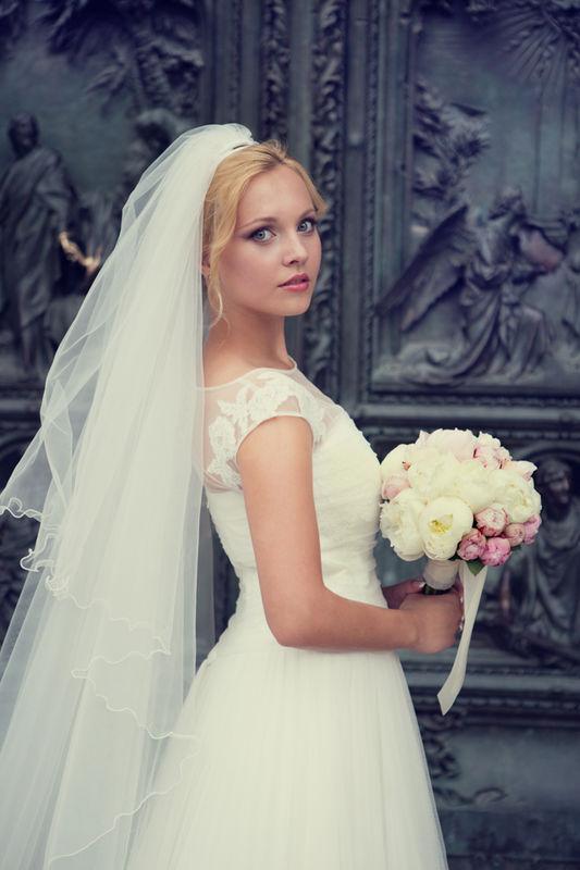 fotografo matrimonio sposa duomo milano