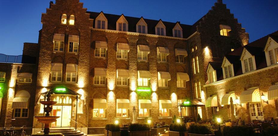 Buitenaanzicht Hotel-Restaurant Dikke Van Dalen