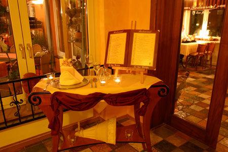 Beispiel: Restaurant, Foto: Hartl's Lindenmühle.