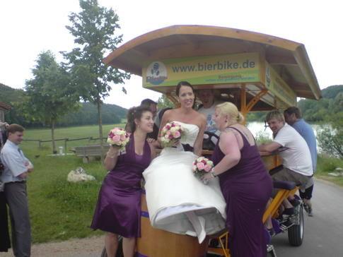 Beispiel: Hochzeit mit Spaß, Foto: BierBike Regensburg.