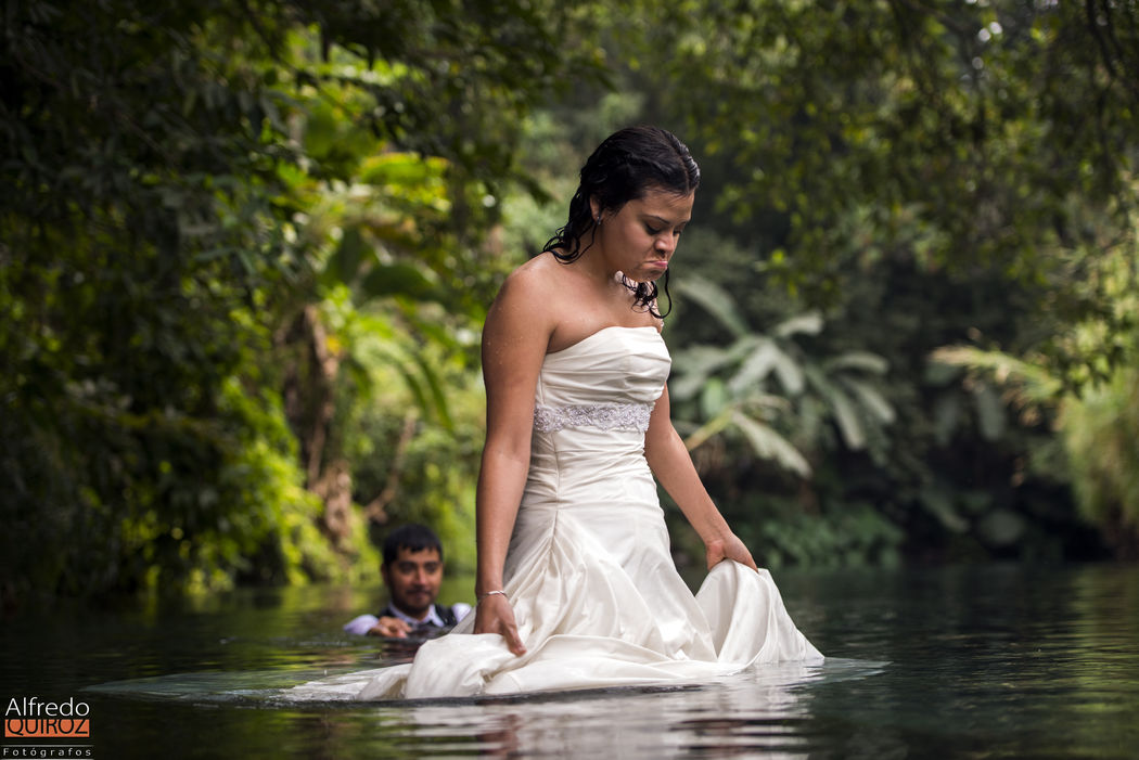 Trash The Dress  Las Estacas