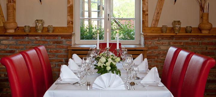 Beispiel: Hochzeitsgedeck, Foto: Landhof Liepe.