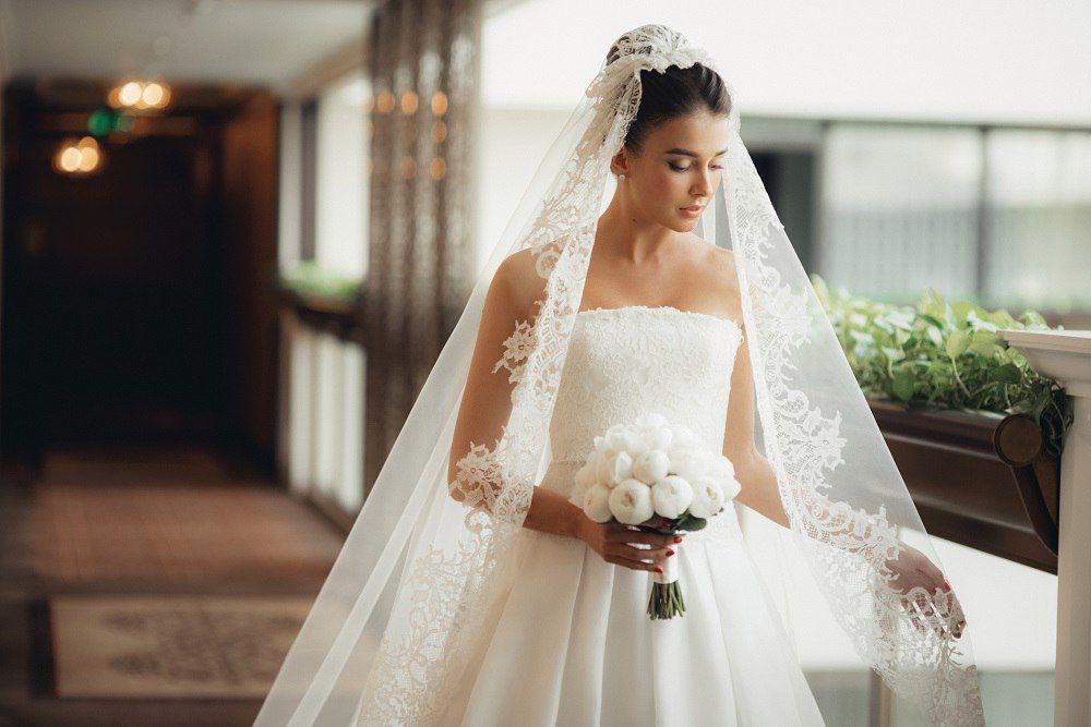 Lotta wedding