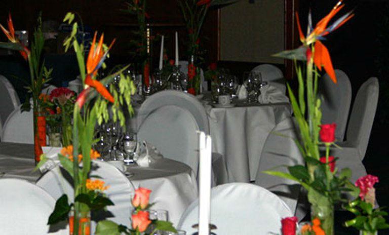 Beispiel: Tischschmuck, Foto: Blumen Dürr.
