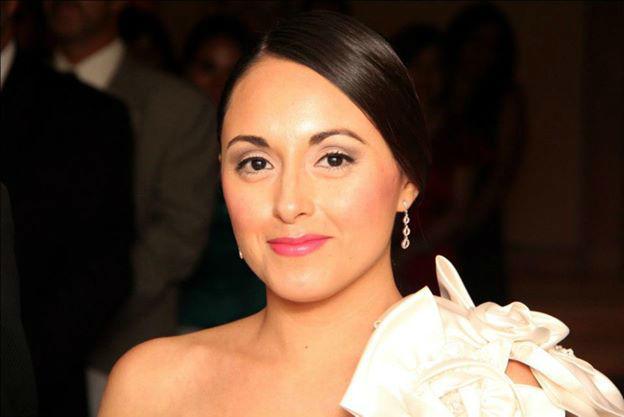 Una novia muy elegante. Maquillaje y peinado por nosotras, So Beautiful Makeup