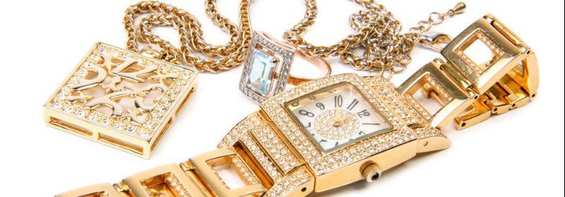 Beispiel: Uhren und Modeschmuck, Foto: Juwelier Reiher.