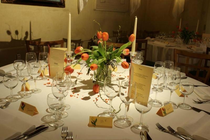 Beispiel: Tischdekoration, Foto: Linde Restaurant.