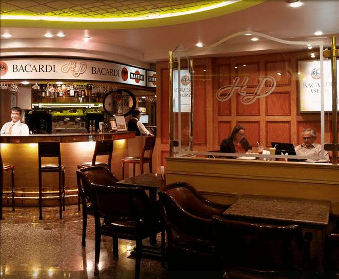 Hotel El Dorado.