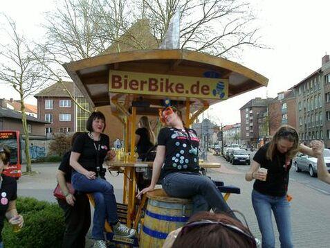 Beispiel: Junggesellinnenabschied, Foto: BierBike Münster.