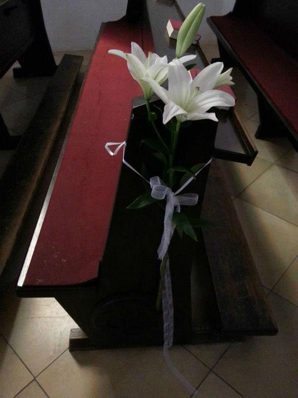 Beispiel: Kirchendekoration, Foto: Blumenstube Rath.