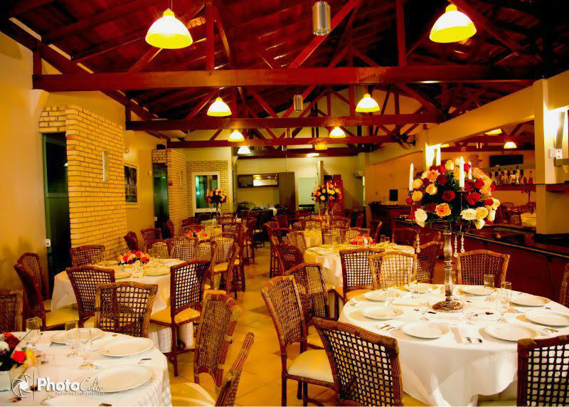 Churrascaria Vieira Grill. Foto:Photo Color, Decoração Carlos
