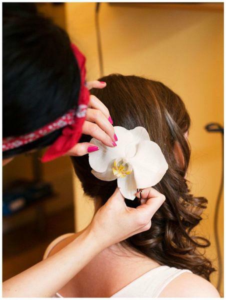 Beispiel: Liebevoll gestaltete Brautfrisur, Foto: Oliver Gerbert Haare.