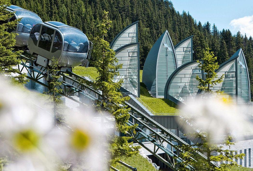 Beispiel: Außenansicht, Foto: Tschuggen Grand Hotel Arosa.