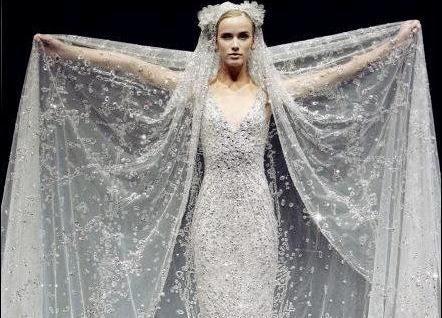 Beispiel: Brautkleid wie im Märchen, Foto: Noviamor.