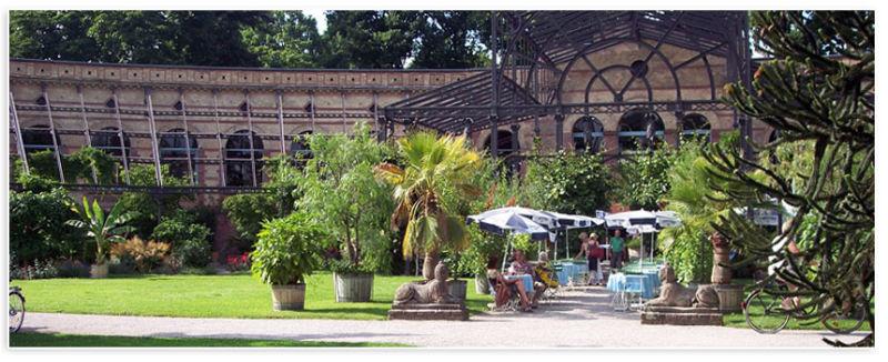 Beispiel: Terrasse und Garten, Foto: Badische Weinstuben.