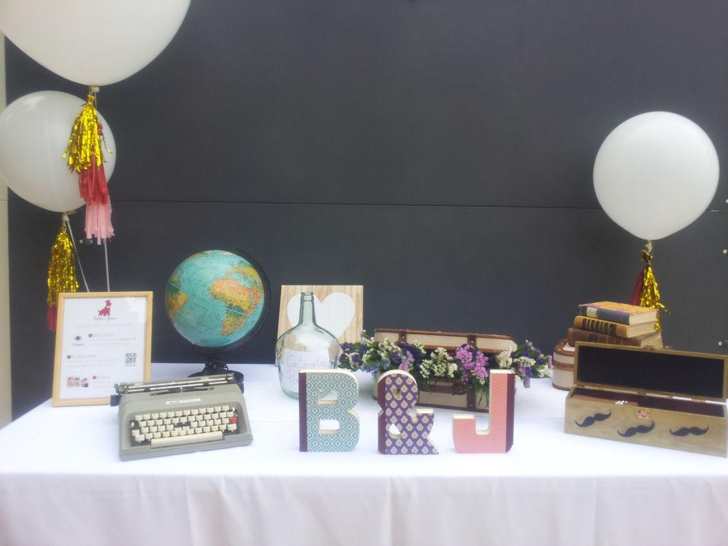 Mesa de bienvenida boda Up