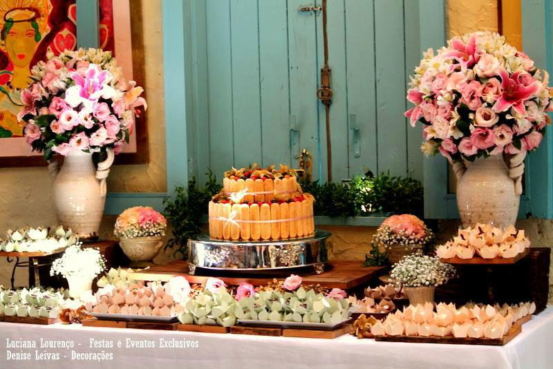 Mini Wedding Bistrô Ruella Projeto e Execução: Leivas & Lourenço Wedding por Luciana Lourenço e Denise Leivas