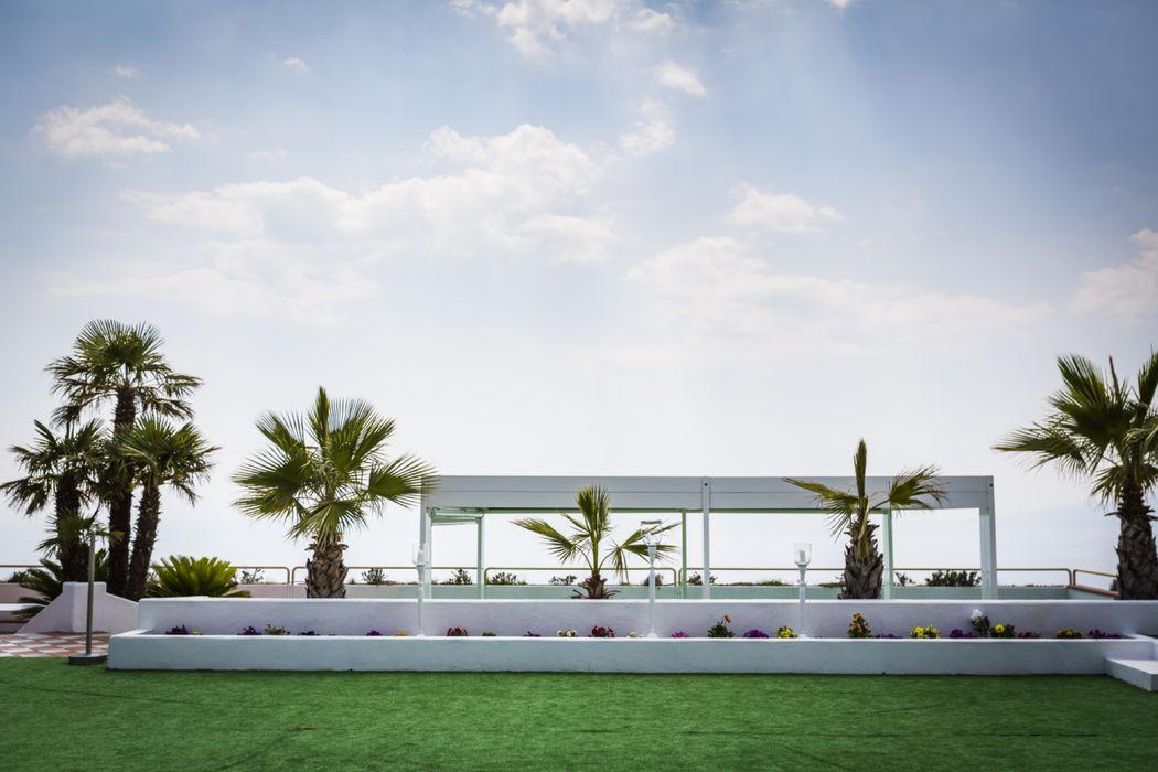 Grand Hotel Pianeta Maratea - le terrazze a bordo piscina    - photo: http://www.ndphoto.it/